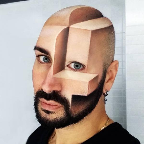 'Phù thủy makeup' biến cơ thể mình thành những tác phẩm 3D siêu thực