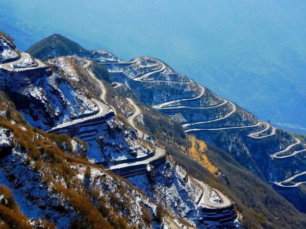 15 cung đường độc nhất thế giới, dân phượt vừa nhìn thấy đã muốn leo lên xe đi ngay và luôn