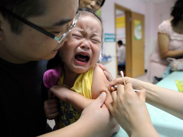 Nghiên cứu trên hơn 650.000 trẻ em đã khẳng định vắc-xin MMR KHÔNG gây ra bệnh tự kỷ