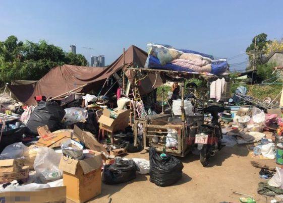 Nữ minh tinh Thái Lan gây sốc khi lộ diện sau nhiều năm ở ẩn: Cạo trọc đầu, phải đi ăn xin, sống ở bãi rác