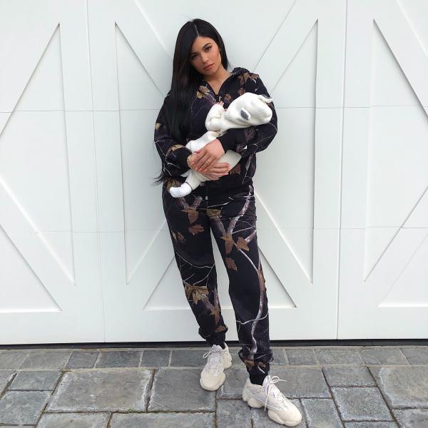 Bức ảnh được thả tim nhiều nhất Instagram thuộc về ai? Justin Bieber, Ariana Grande, CR7 hay Kylie Jenner?