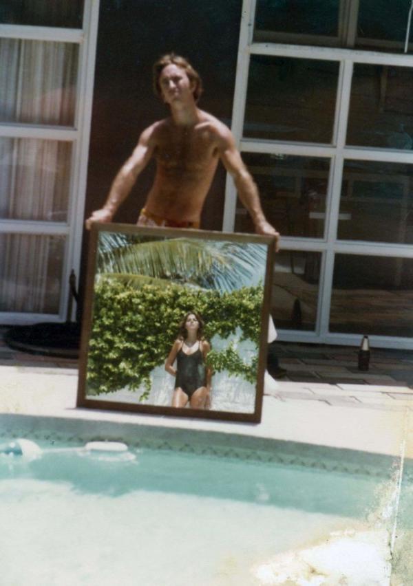 Lục tìm lại những tấm ảnh cũ, có bao giờ bạn ngạc nhiên vì độ ngầu của bố mẹ mình chưa?