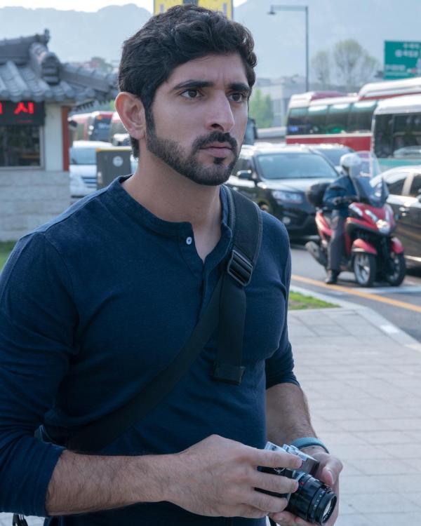 Khoe ảnh đang ở Seoul, thái tử đẹp nhất Dubai khiến hội chị em xứ Hàn nháo nhào truy tìm tung tích