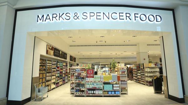 Thực khách phản ứng dữ dội sau khi Marks & Spencer ra mắt bánh sandwich cho người đồng tính