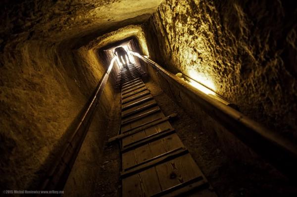Trải qua hơn 4000 năm phát triển công nghệ, tại sao đến giờ chúng ta vẫn không thể xây được Kim tự tháp Ai Cập?