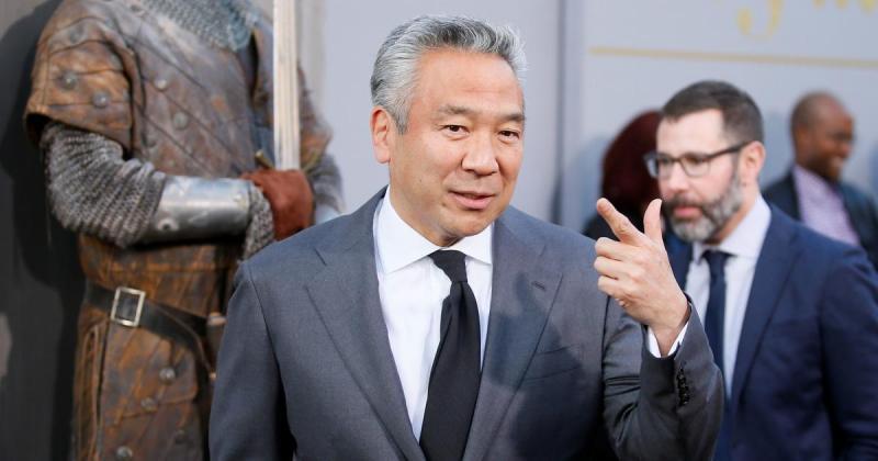 Chủ tịch Warner Bros. bị cáo buộc 'nâng đỡ bất chính' diễn viên nữ để đổi lấy quan hệ tình dục