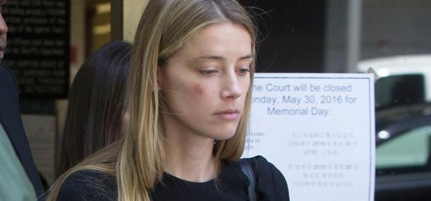 Tin nhắn cuối cùng của Amber Heard gửi Johnny Depp: 'Em không còn gì ngoài tình yêu dành cho anh'