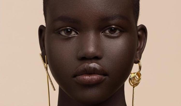 Adut Akech: Từ người tị nạn Nam Sudan đến siêu mẫu trẻ được săn đón nhất hiện nay