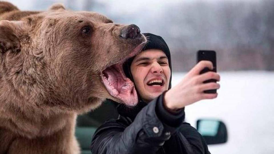 Selfie - Tốt 1 nhưng hại tận 10