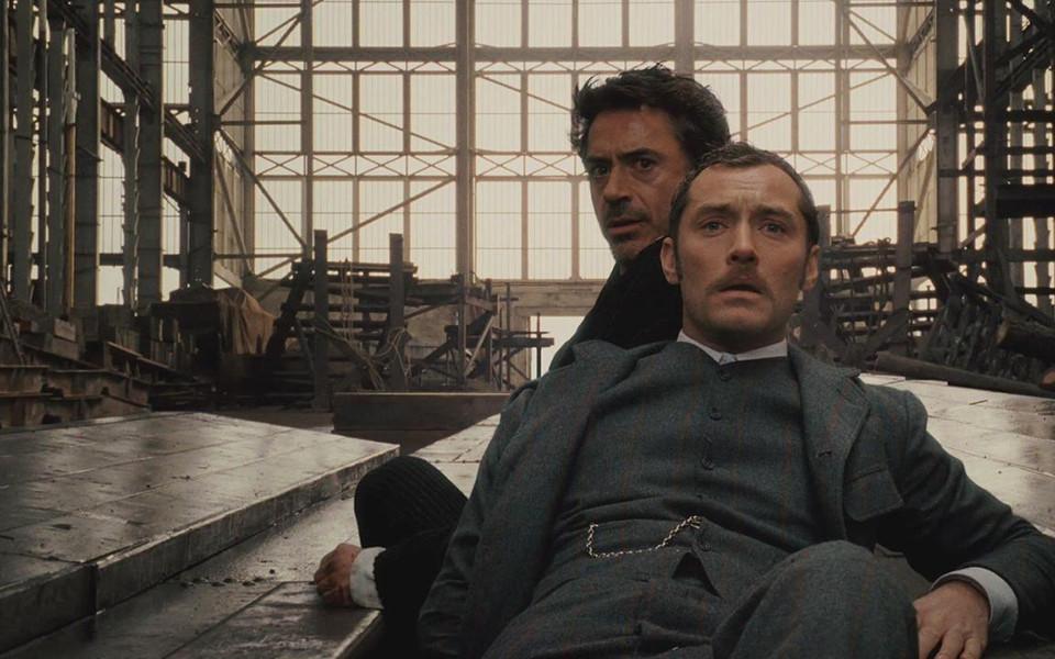 Phần 3 của 'Sherlock Holmes' phiên bản Robert Downey Jr. và Jude Law lùi lịch đến 2021