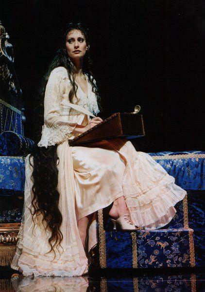 Elisabeth das Musical: 'Mối tình' lạ kỳ giữa nàng Hoàng hậu và chàng Tử thần