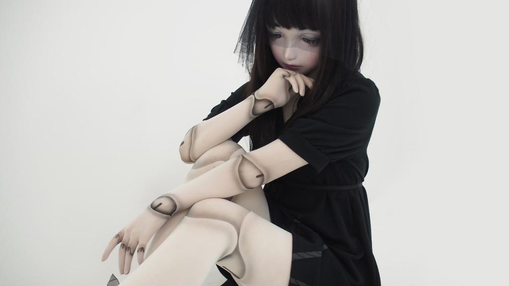 Lulu Hashimoto – Búp bê sống khuynh đảo đất nước mặt trời mọc
