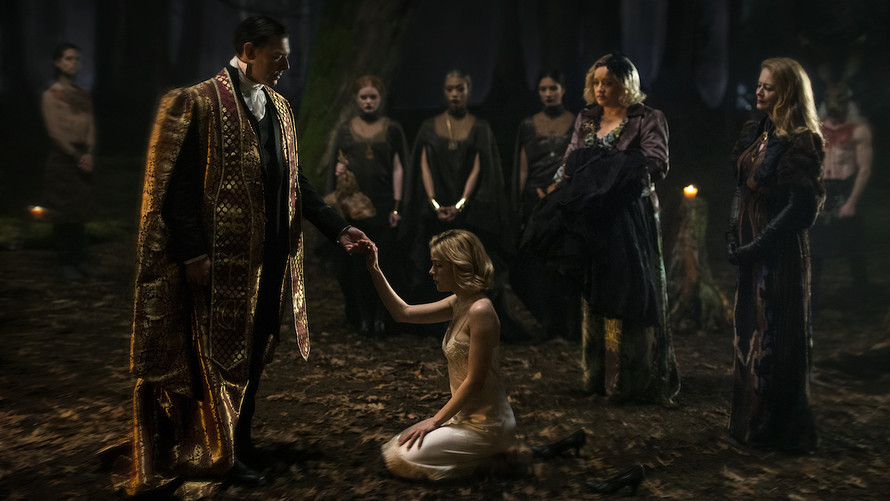 Giáo hội Satan đâm đơn kiện đài Netflix xuyên tạc hình ảnh 'thần đầu dê' trong series 'Sabrina 2018'