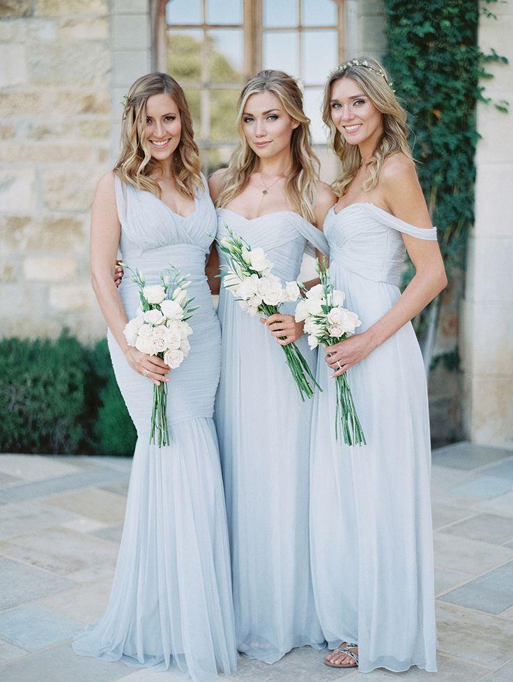 Loạt idea áo váy phù dâu nếu xuất hiện ở ngày nay thì cô dâu sẽ lập tức bị 'chìm nghỉm'