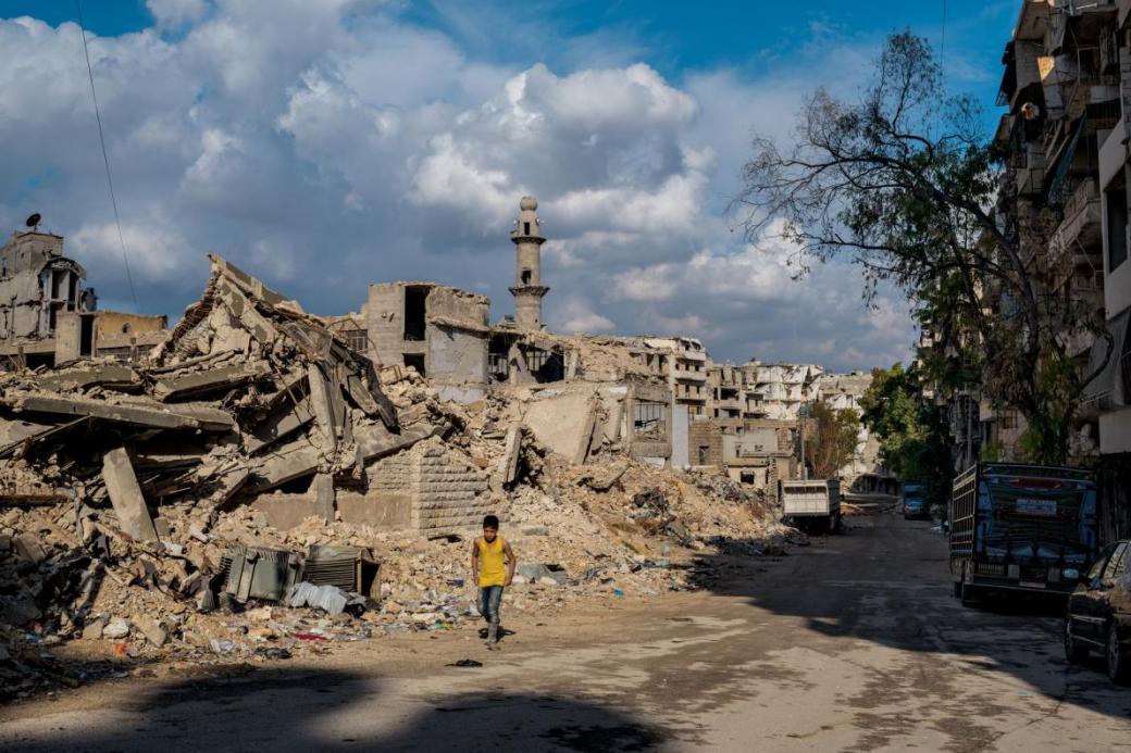 Giữa đống đổ nát, người dân Syria tìm kiếm sự yên bình sau cuộc chiến