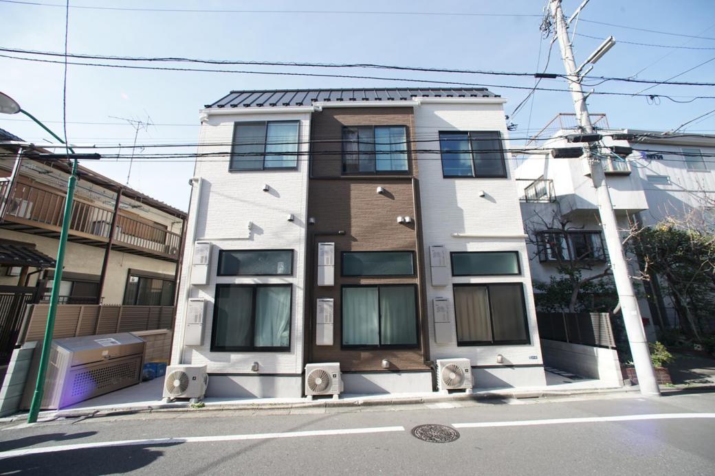 Người trẻ Tokyo xoay xở ra sao trong những căn phòng siêu nhỏ, chưa đến 10 mét vuông?