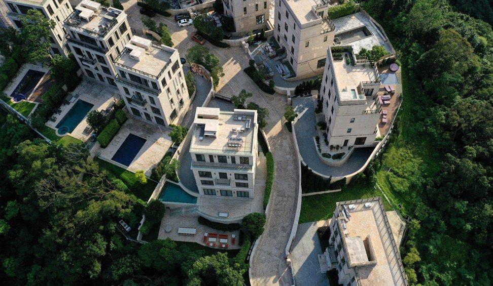 Góc con nhà người ta: Chàng trai 22 tuổi tậu biệt thự 117 triệu USD trong khu nhà giàu đắt đỏ nhất Hong Kong