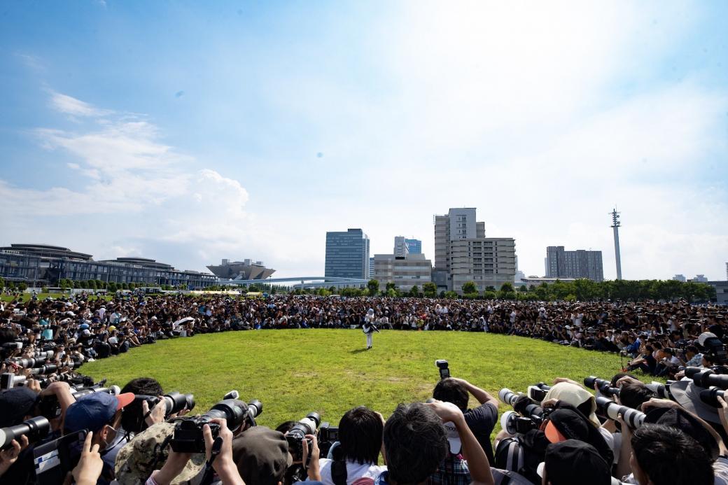 Hàng nghìn người đến Comiket 2019 để ngắm nhan sắc 'Thánh nữ' cosplay nổi tiếng Nhật Bản