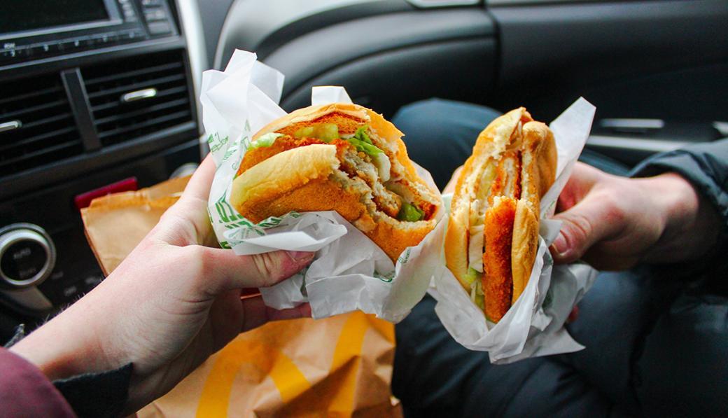 Con chip có thể giật điện nhẹ trong não giúp người béo phì không còn muốn ăn uống liên tục