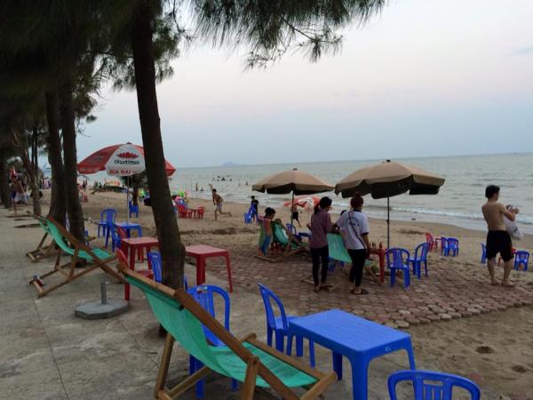 Tìm về tuổi thơ chân phương nơi làng biển xứ Thanh