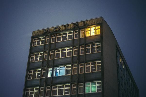 Đường phố Hamburg (Đức) về đêm đẹp như trong phim