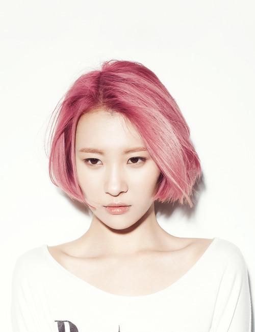 Ngắm loạt sao Hàn đẹp như 'tiên tử' với mái tóc hồng
