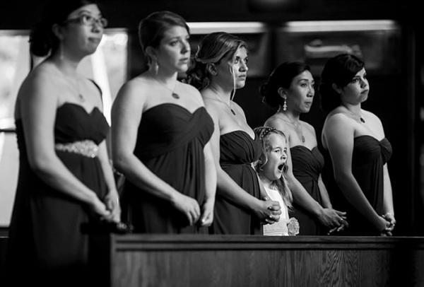 Đi dự đám cưới = 'Thảm họa' đối với đám trẻ con