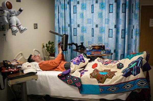 Công việc trong mơ: Nằm trên giường suốt 2 tháng, được trả 2,3 tỷ đồng