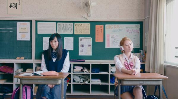 Chuyện tình hai nữ sinh Nhật 'éo le hột me' khiến khán giả nhốn nháo tìm thông tin