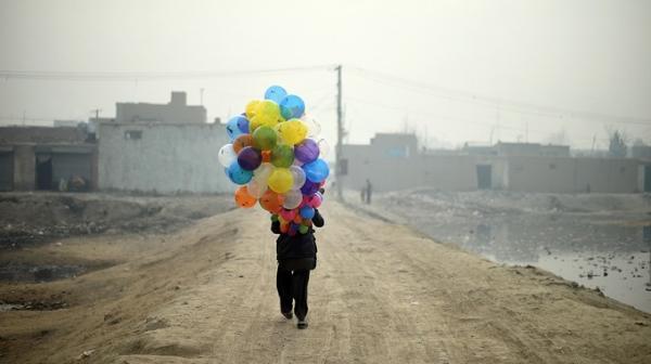 Những khoảnh khắc phi thường mà nhiếp ảnh gia Shah Marai dùng cả tính mạng để lưu giữ