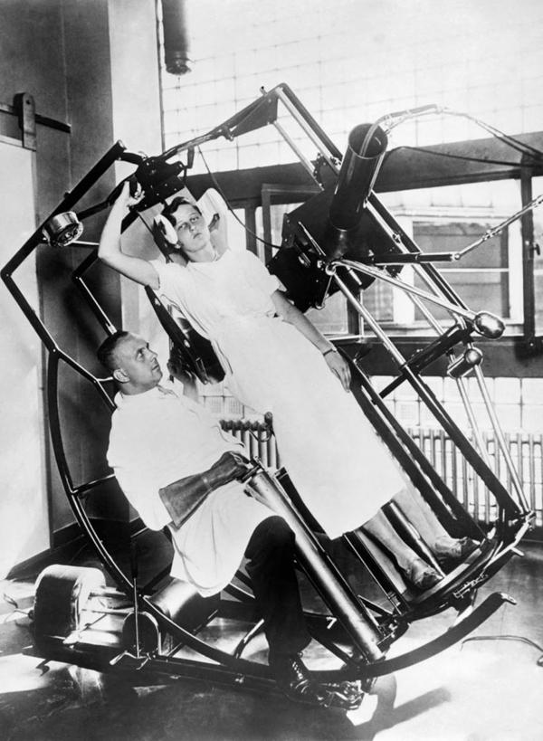 Các thiết bị chữa bệnh kỳ lạ như trong phim viễn tưởng nhưng lại từng tồn tại vào những năm 1900 - 1940