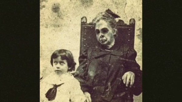 Có phải nghệ thuật chụp ảnh người chết thời Victoria đã truyền cảm hứng cho phim kinh dị ngày nay?