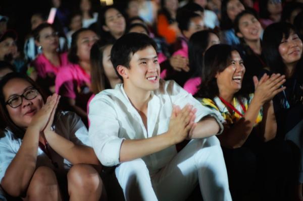 Hào phóng như 'Ông xã quốc dân' James Ma: Chi tiền túi cho 500 fan đi du lịch xả láng 3 ngày 2 đêm