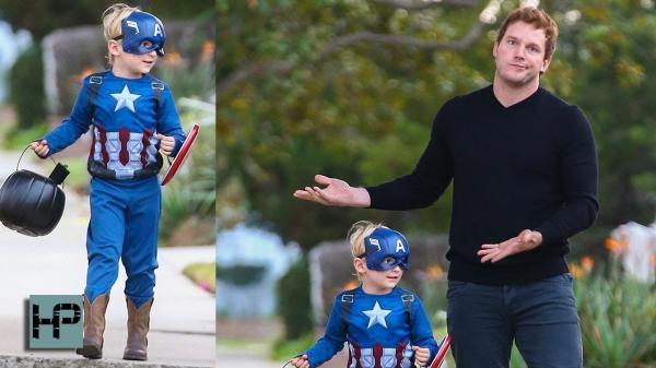 Bi hài hình ảnh siêu anh hùng trong mắt con cái của họ
