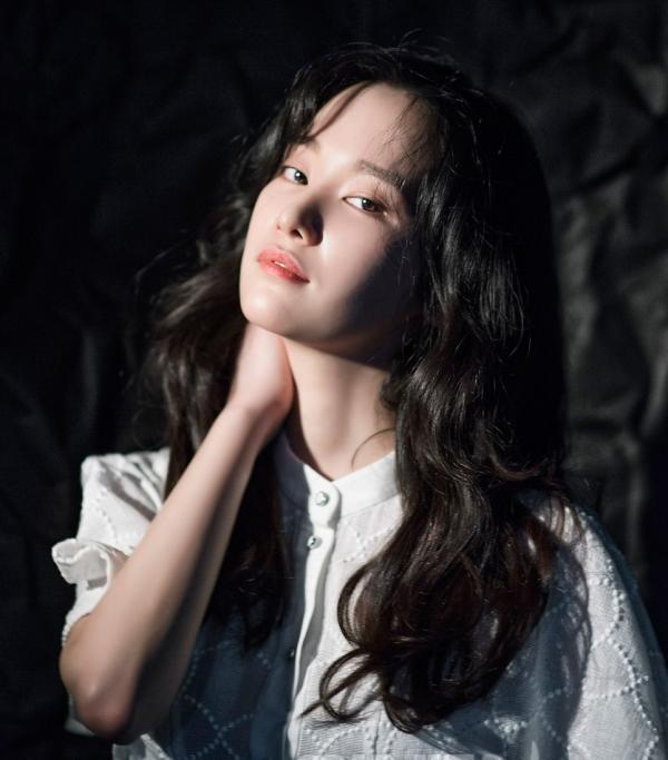 'Burning' của Lee Chang Dong: Cơn ác mộng tráng lệ về nỗi cô đơn và tuổi trẻ bải hoải