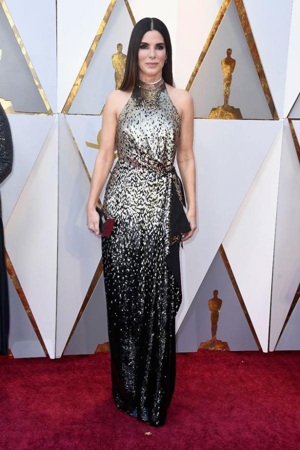 Hóa ra Sandra Bullock trẻ mãi không già là nhờ sử dụng tế bào từ 'của quý' của trẻ sơ sinh
