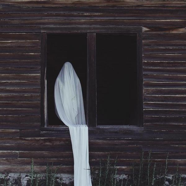 Nửa đêm mất ngủ với loạt ảnh ma mị trôi nổi trên internet