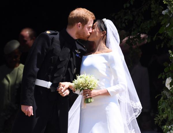 Hậu đám cưới Hoàng gia, em họ Hoàng tử Harry bất ngờ trở thành tâm điểm chú ý
