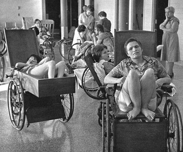 Hình ảnh hiếm hoi về những đứa trẻ tại bệnh viện tâm thần 75 năm trước (P.2)
