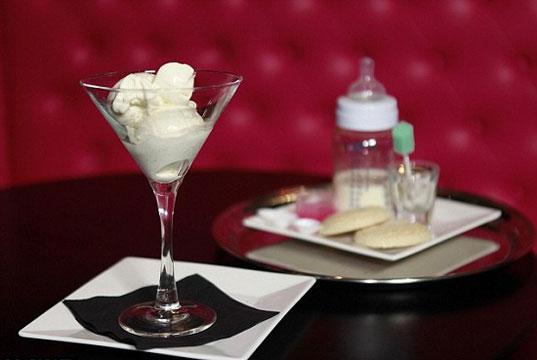 10 hương vị kem độc lạ nên thử một lần trong đời: Bạn chọn kem sữa mẹ hay kem tỏi?