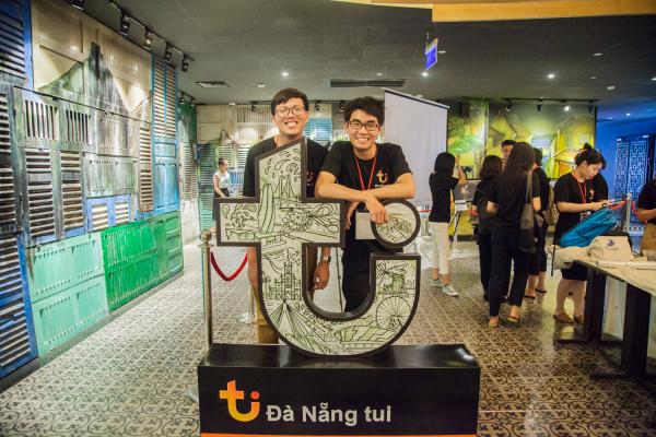 Triển lãm nghệ thuật 'Đà Nẵng Tui': Hãy đến xem cách người Việt trẻ chúng mình yêu quê hương!
