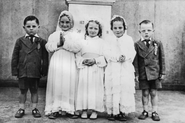 Kì thị và bị lãng quên: Số phận bất hạnh của những đứa trẻ đáng lẽ nên chết từ trong bụng mẹ