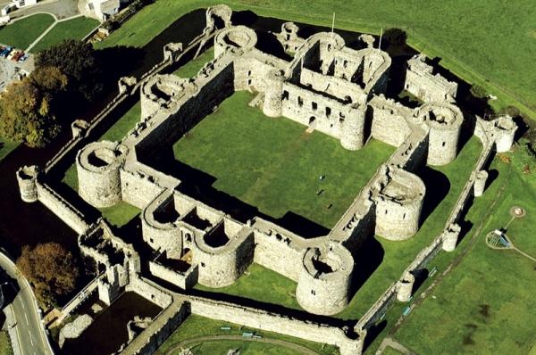 Giải mã hệ thống phòng thủ bậc nhất của lâu đài thời Trung Cổ