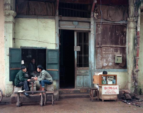 Hồi tưởng lại một Hà Nội bình dị thập niên 80 – 90 qua ống kính của nhiếp ảnh gia người Mỹ
