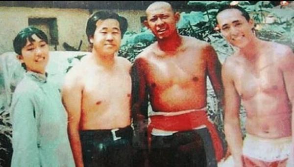 Bồi hồi ngắm những bức ảnh hiếm của các tài tử, minh tinh Hoa ngữ thập niên 90