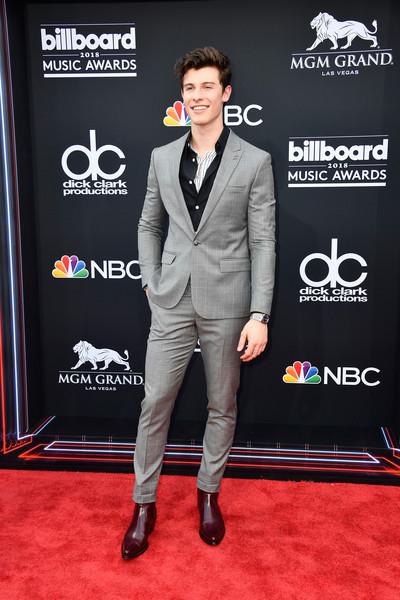 'Chuyện tình đam mỹ' mới của Hollywood: Shawn Mendes tuyên bố sẽ bỏ 11 triệu đồng mua lại quần lót cũ của Justin Bieber
