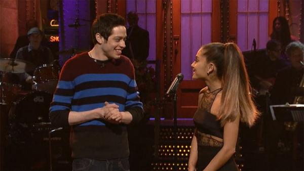 Hôn phu của Ariana Grande: Từng trầm cảm vì bi kịch gia đình, 'cảm nắng' nữ ca sĩ từ 2 năm trước!