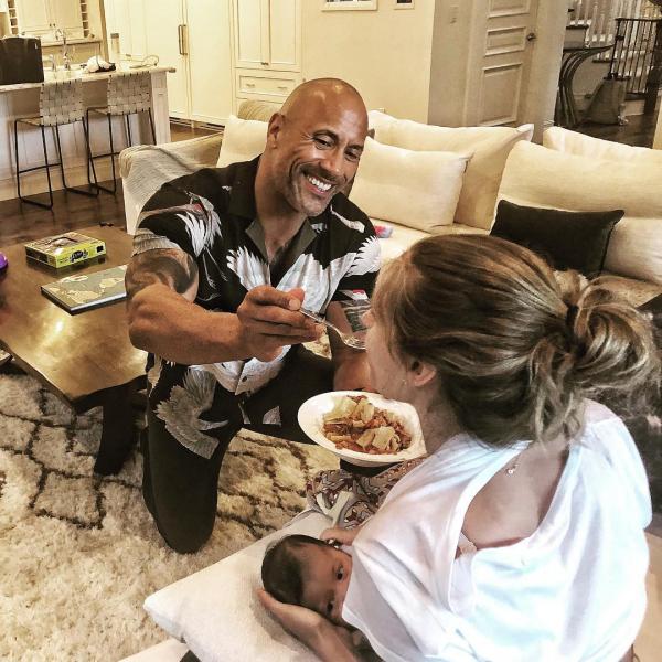 Dwayne Johnson: Từ gã đô vật triệu đô của Hollywood đến quý ông chồng mà ai cũng ước ao