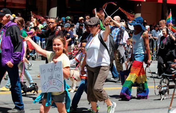 Những câu nói vô cùng dí dỏm của của cộng đồng LGBTQ+ trong Tháng Tự Hào