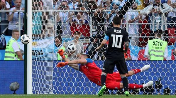World Cup 2018: Này Argentina, Messi đâu phải siêu nhân đội trời?